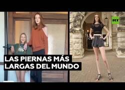 Enlace a La adolescente con las piernas más largas del mundo