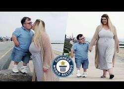 Enlace a El matrimonio con mayor diferencia de altura entre ellos del mundo