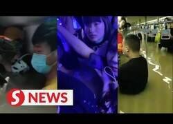 Enlace a Pasajeros quedan atrapados en el metro de China tras las grandes inundaciones