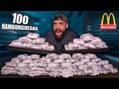 Intentando comer 100 hamburguesas en una hora