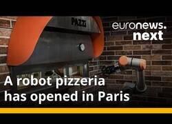 Enlace a Paris estrena la primera pizzería llevada por robots
