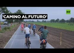 Enlace a El carril bici que produce energía