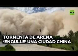 Enlace a Tormenta de arena engulle una ciudad china