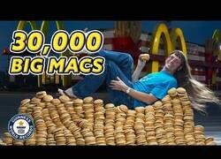 Enlace a El hombre que se comió más de 30.000 Big Macs durante su vida