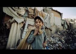 Enlace a Así es la vida en las favelas de Pakistán