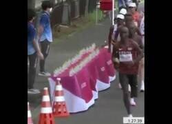 Enlace a El comportamiento antideportivo del maratoniano francés Morhad Amdouni