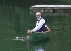 Enlace a ¿Sabías que existe un concurso de baile sobre canoa?