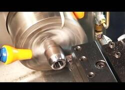 Enlace a Máquinas CNC, procesamiento automatizado de piezas