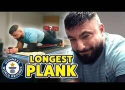 Enlace a ¿Podrías hacer la plancha durante 9 horas seguidas?