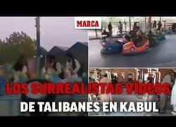 Enlace a Los vídeos más surrealistas de los talibanes en Kabul