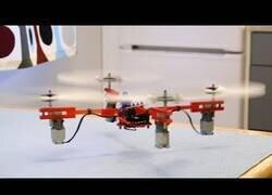 Enlace a Haciendo un dron con piezas de Lego