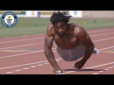 El hombre más rápido del mundo sobre dos manos