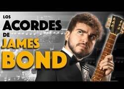 Enlace a ¿Por qué la banda sonora de James Bond suena a agente secreto?