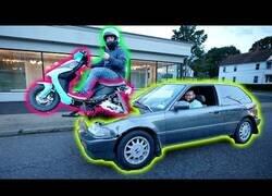 Enlace a El vehículo infernal: Un coche movido por el motor de una moto