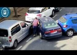 Enlace a Detenido en Málaga por golpear 9 vehículos sin tener carné