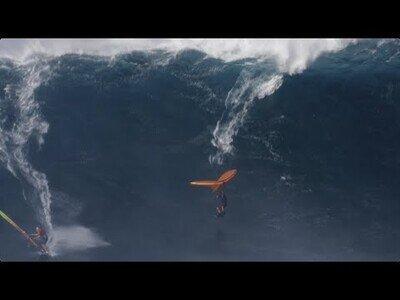 Wing Surf, el deporte que mezcla el surf con el vuelo