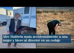 Enlace a Alec Baldwin mata a una mujer accidentalmente durante el rodaje de una película