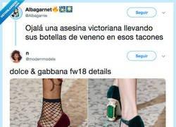 Enlace a No te fíes de quien lleve unos zapatos así, por @Albagarnie