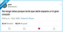 Enlace a Sin teta no hay corazón, por @melasudix