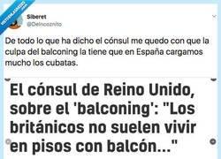 Enlace a Los ingleses están echando la culpa a España de que ellos se tiren borrachos por los balcones, por @DeIncoznito