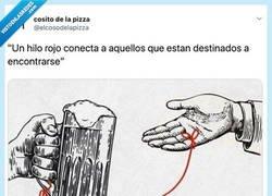 Enlace a El hilo que me merezco, por @elcosodelapizza