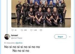 Enlace a Chaval trolea al cuerpo de mujeres de la Policía Nacional puntuándolas físicamente
