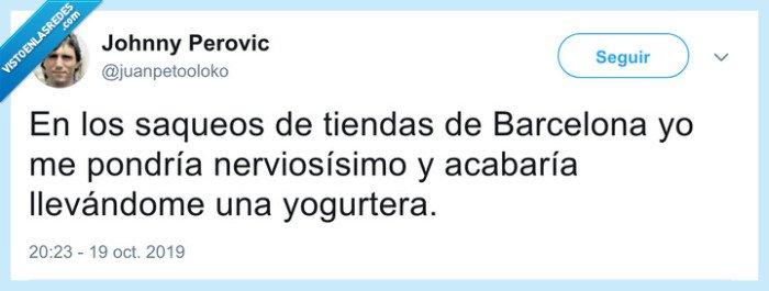 barcelona,barricadas,saqueos,yogurtera