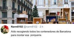 Enlace a Barcelona la vuelve a liar con el belén y parece más un rastro con despojos que un nacimiento