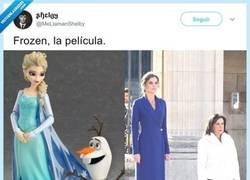 Enlace a Muy buenos el disfraz de Elsa y de Olaf, por @MeLlamanShelby