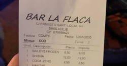 Enlace a La cuenta más surrealista en una cafetería de Tenerife: Un pastizal por utilizar una fu*king manta