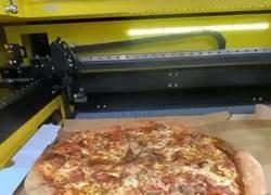 Enlace a Se acabaron las disputas sobre con qué cortar las pizzas