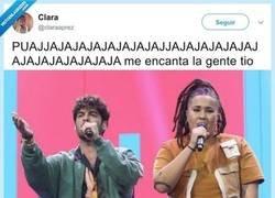 Enlace a Es que son clavados, por @claraaprez