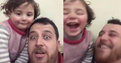 Enlace a Un padre sirio inventa un juego para que su hija no tenga miedo cada vez que caen bombas en Siria