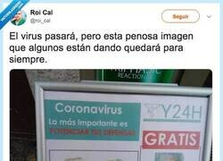 Enlace a El cartel carroñero de una farmacia sobre el coronavirus que causa vergüenza ajena