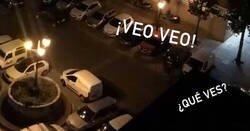 Enlace a Esta comunidad es la ganadora de momento: juegan al VEO VEO desde el balcón
