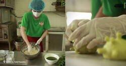 Enlace a Los responsables de un restaurante ubicado en Hanói (Vietnam) elaboran hamburguesas verdes inspiradas en el nuevo coronavirus