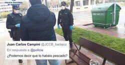 Enlace a  La policía detiene a este individuo paseando peces y en los comentarios se ven las dos España, por @policia