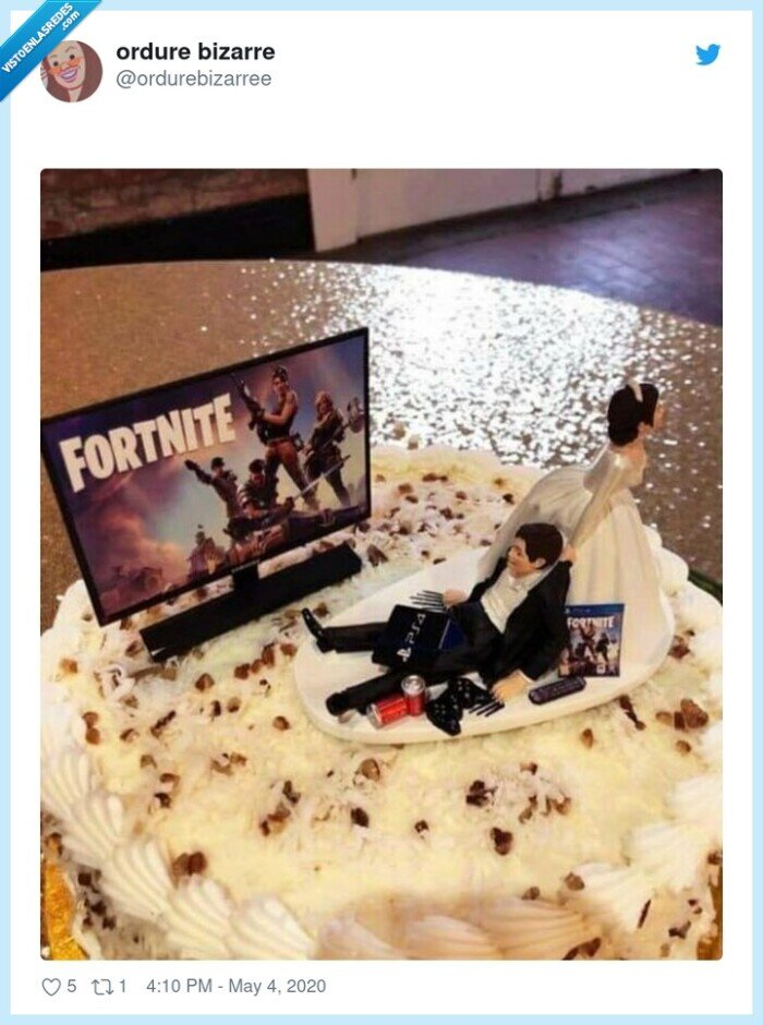 fortnite,novios,tarta