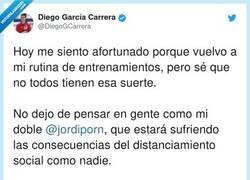 Enlace a Es DAN como tú... Solo que él hace combinadas jajaja, por @DiegoGCarrera