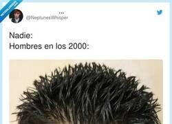 Enlace a Xavi Hernández sigue con el mismo look, por @NeptunesWhisper