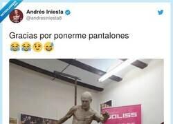 Enlace a Menos mal, por @andresiniesta8
