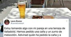 Enlace a Esta chica se indigna con un bar porque presuponen que ella quiere un zumo y su novio una cerveza. Las redes se ríen de su cara con ironía