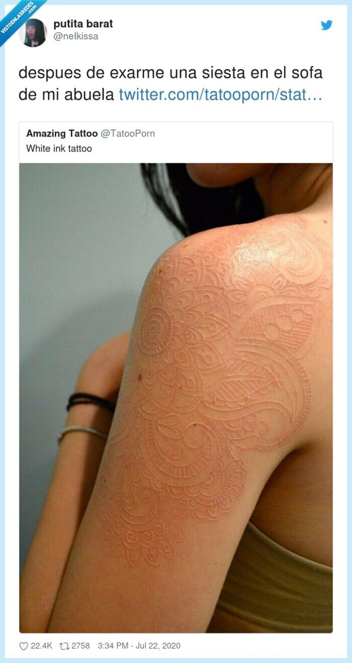 abuela,marcas,siesta,sofá,tatuajes