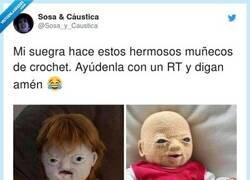 Enlace a Parecen fetos abortados que volvieron para vengarse, por @Sosa_y_Caustica