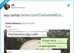 Enlace a Todos tenemos un Carlos en nuestro grupo de amigos, por @albaricoqque