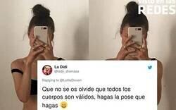 Enlace a Esta chica quiere concienciar a la gente de que no idealice los cuerpos en redes sociales demostrando cómo pueden transformarse con un simple cambio de pose