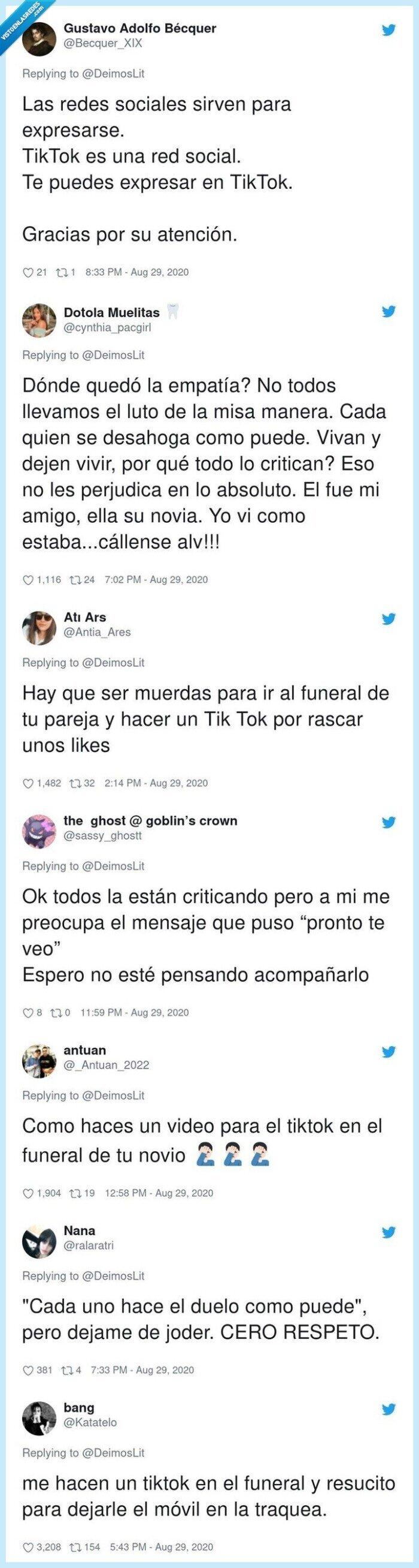 675212 - El lado más creepy de las redes sociales: una chica graba un TikTok en el funeral de su novio y se abre un intenso debate moral