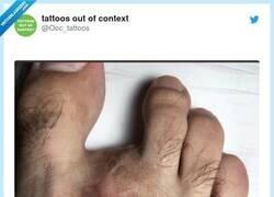 Enlace a Hoy, en tatuajes random totalmente innecesarios..., por @Ooc_tattoos
