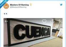 Enlace a Toda una declaración de intenciones, por @MastersOfNaming