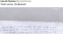 Enlace a Tinder vecinal: la nota sugerente de una chica a un vecino que ha convertido a la comunidad y a Twitter en RadioPatio, por @LiosdeVecinos